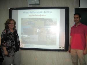 Ángela Ribeiro (izquierda) y el Profesor Pedro Javier Herrera
